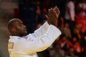 803002-le-francais-teddy-riner-remporte-son-huitieme-titre-mondial-lors-des-mondiaux-de-judo-a-astana-le-29